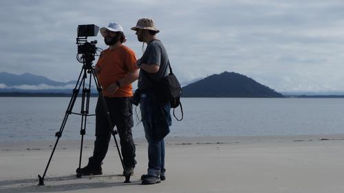 Só a sala de aula não basta: o dia que arrastei um aluno para gravar um documentário de natureza.