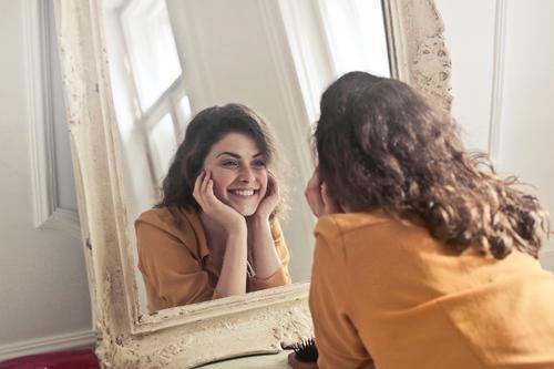Consultoria de Imagem: o rosto como o início da harmonização pessoal